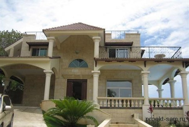 двухэтажный дом с большой террасой