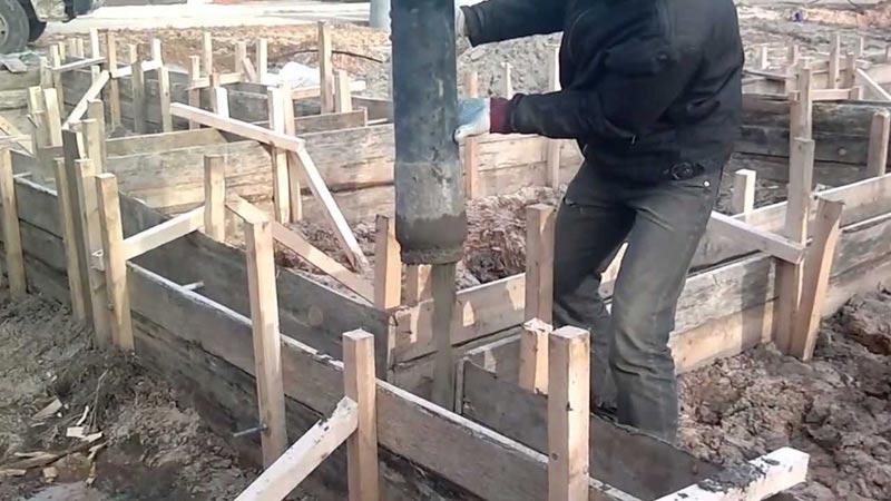 Как сделать опалубку для свайного фундамента