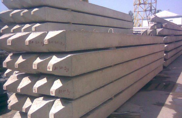 бетонные сваи