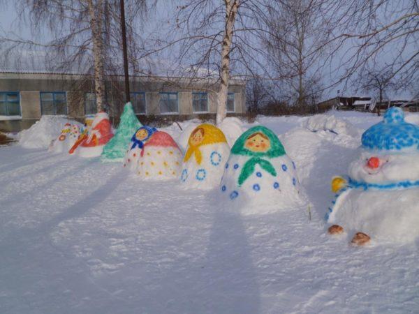 Забавные фигурки из снега