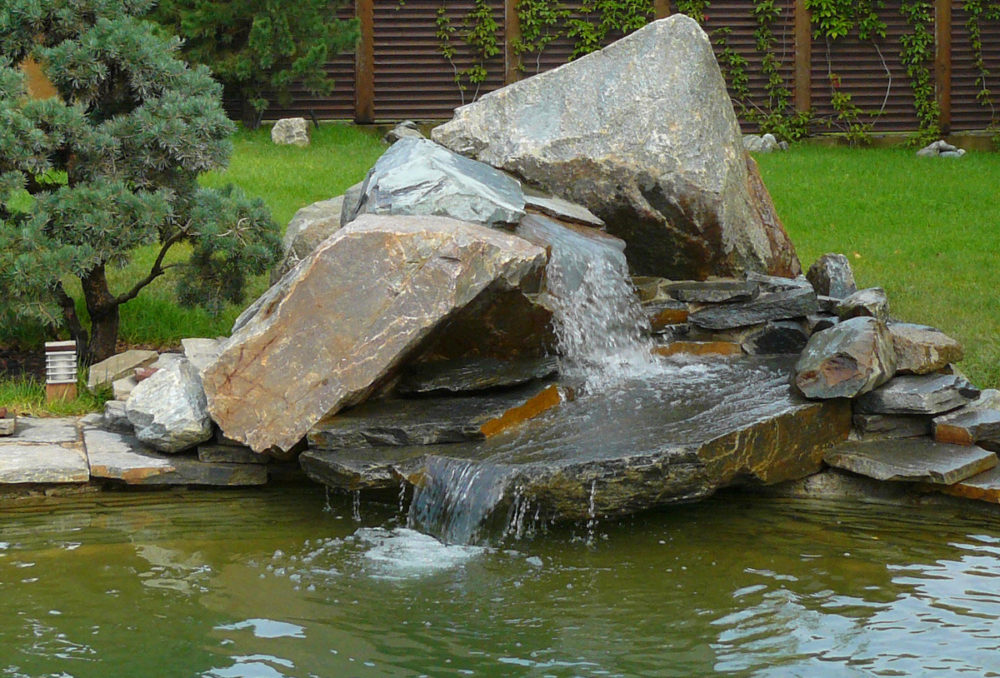 Фото водопадов из природного камня