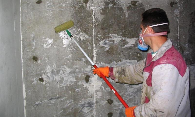 обработка стен подвала