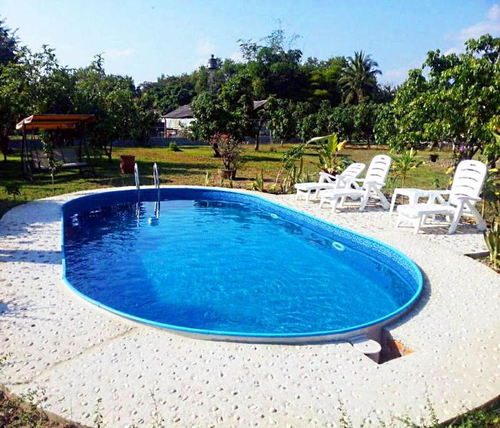 бассейн на садовом участке