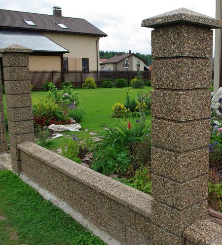 столбы из блоков