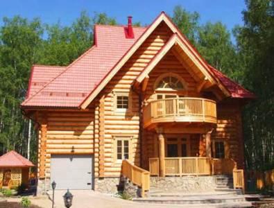 бревенчатый дом с гаражом