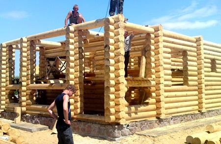 постройка дома из бруса