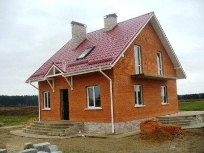 дачный кирпичный дом