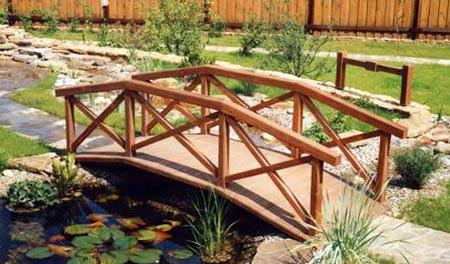 декоративный мостик из дерева