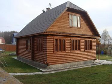деревянный загородный дом из профилированного бруса
