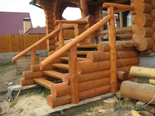 деревянное крыльцо дома в русском стиле