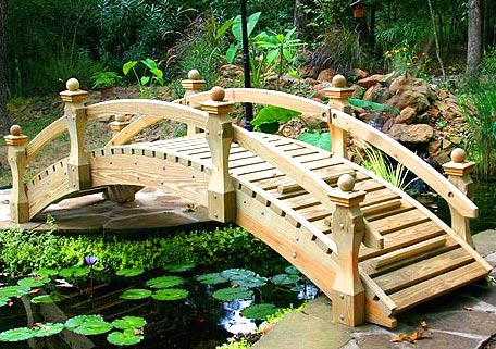 мостик из дерева