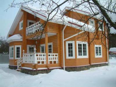 деревянный дом-усадьба