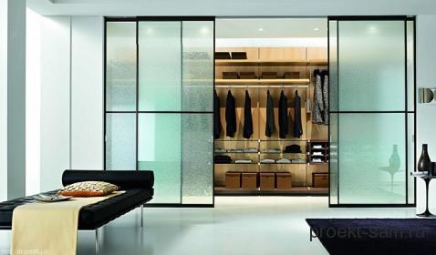 дизайн комнаты с раздвижным шкафом