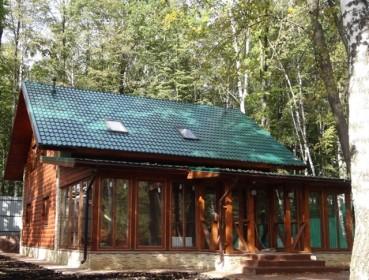 дом из бруса с застекленной верандой