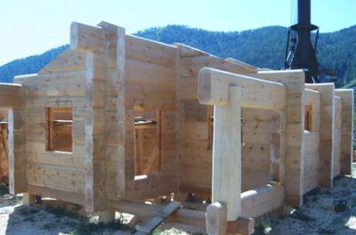 постройка деревянного дома из лафета