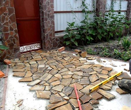 дорожка природный камень