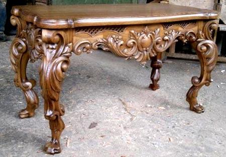 дубовый резной стол