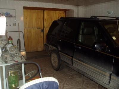гараж в цокольном этаже