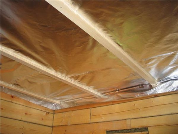 теплоизоляция на потолке
