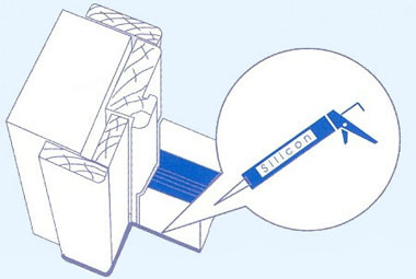 обработка двери герметиком
