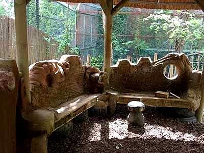 скамейка из поддонов и глины