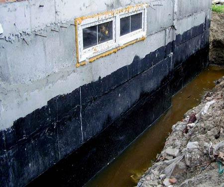 затопленный фундамент