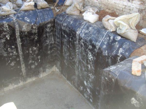 рубероид на стенах