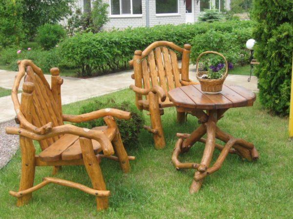стол и кресла