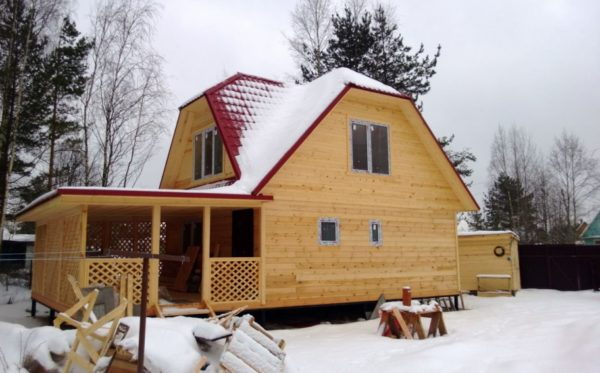 постройка из дерева