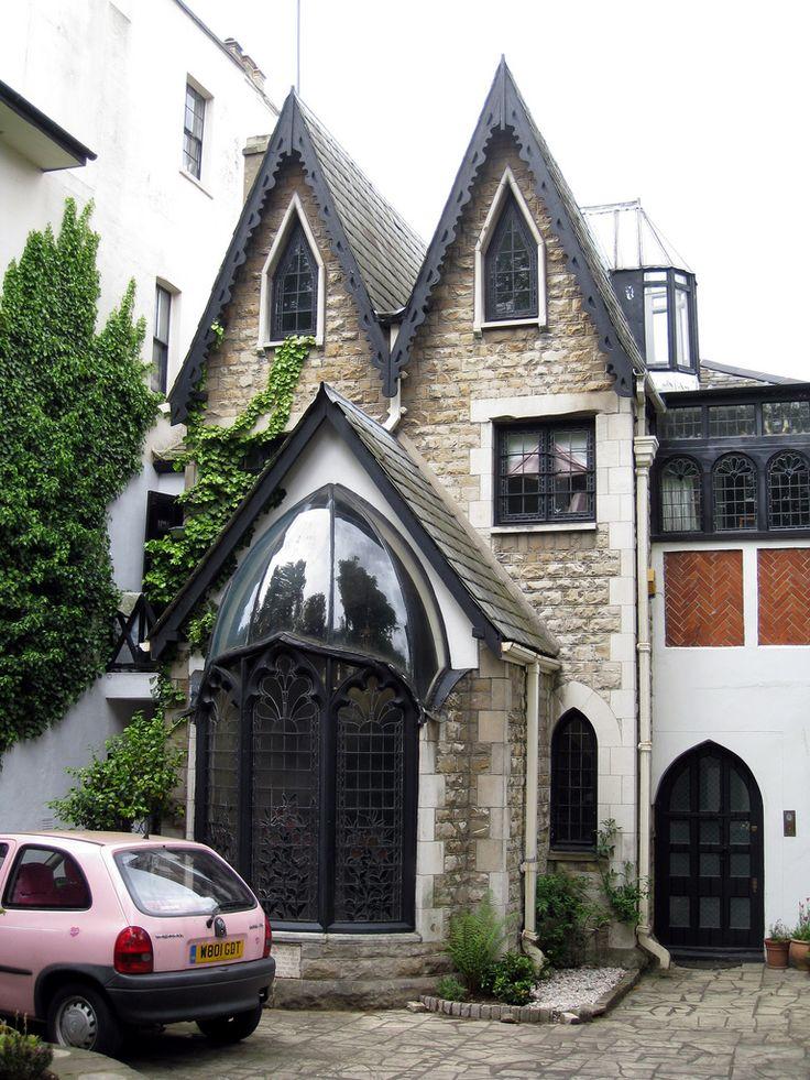 готический фасад