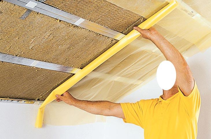 монтаж на потолок