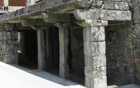 каменный навес к дому