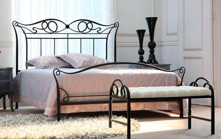 кованая мебель спальня