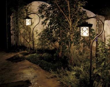 кованые садовые светильники