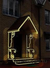 крыльцо дома с оригинальной подсветкой