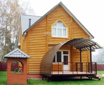металлическое крыльцо с крышей из поликарбоната