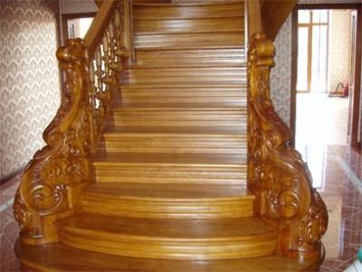 красивая лестница из дуба фото