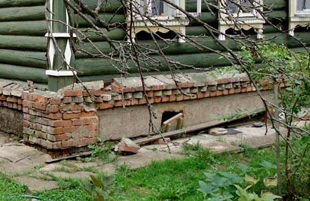 монолитный фундамент под старым домом
