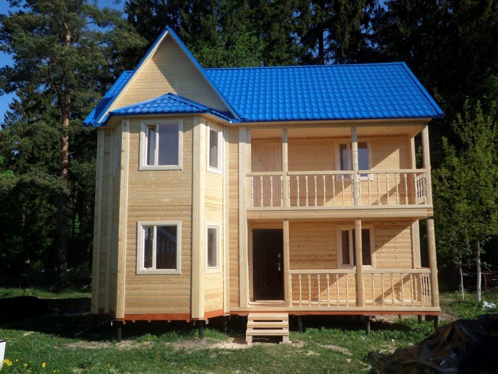 Строительство деревянных частных загородных домов для зимнег.