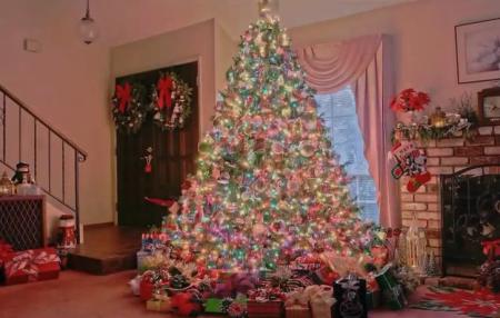 новогодняя елка в частном доме