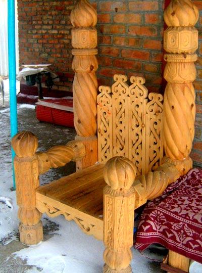 стул из ольхи