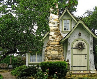 оригинальный дачный домик фото