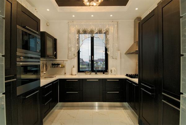 П-образная планировка кухи в частном доме