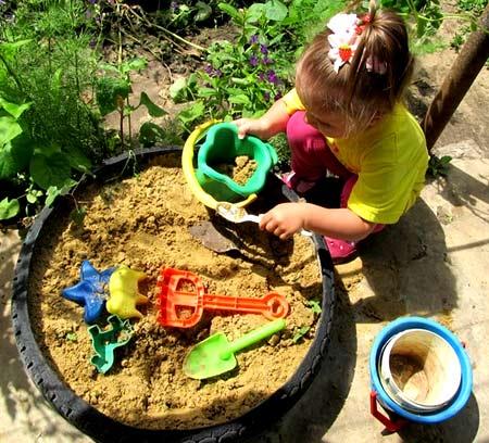 песочница из шины