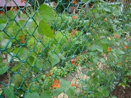 пластиковый секционный забор