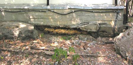 подмыло водой фундамент