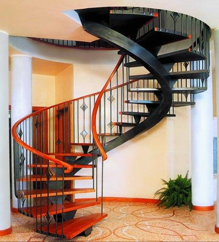 покраска винтовой лестницы
