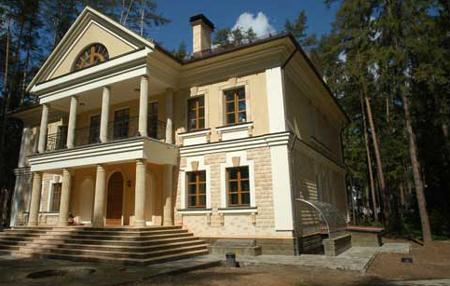 проект дома в стиле классицизм