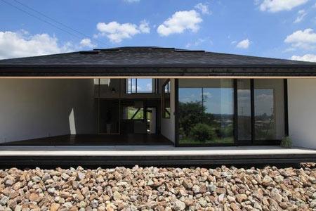 фасад дома в японском минимализме