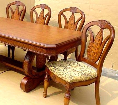 узор резных стульев